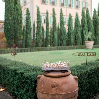 Boho Engagement in Tuscany